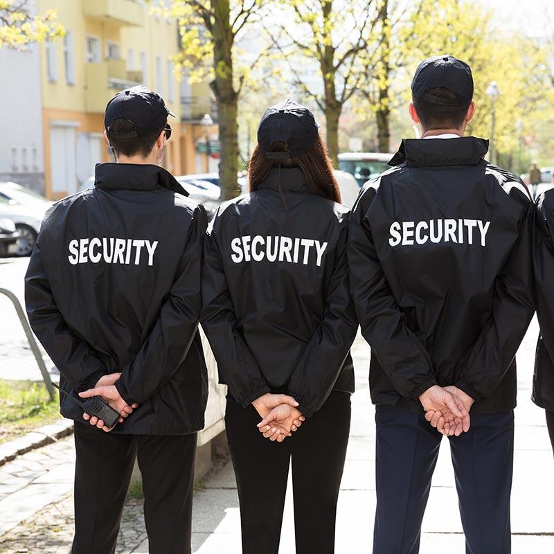 Őrző-védő cégeknek